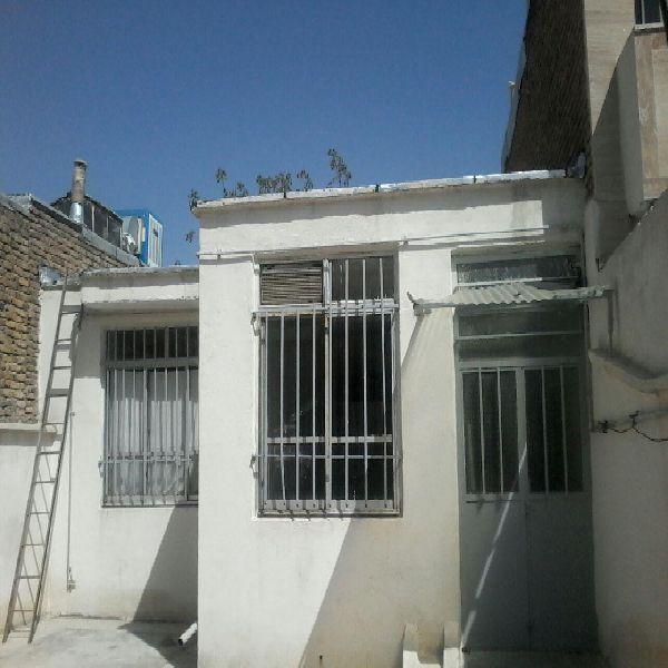 فروش منزل مسکونی 150 متر در خیابان معلم ارومیه