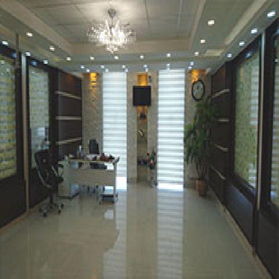 فروش دفتر تجاری100 متر شیک درآزادگان ارومیه