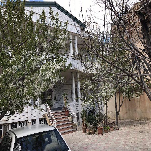 فروش منزل مسکونی 430مترخیابان باکری ارومیه