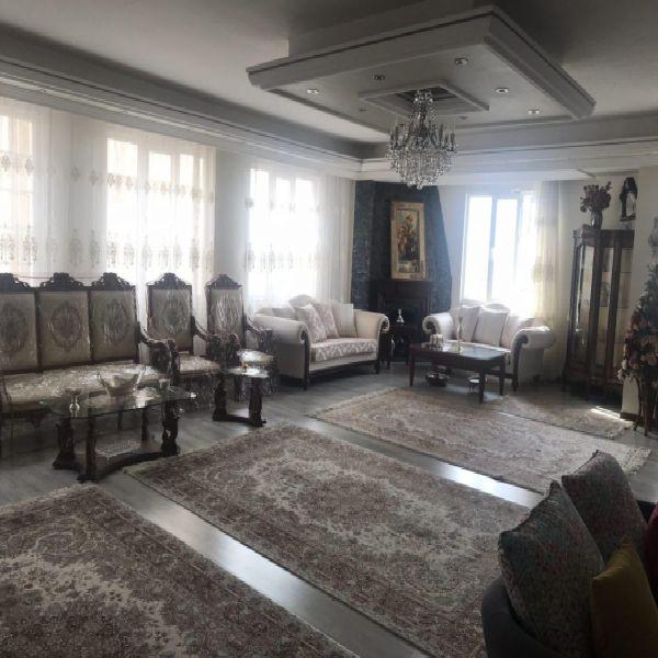 فروش آپارتمان 210 متر استادان ارومیه