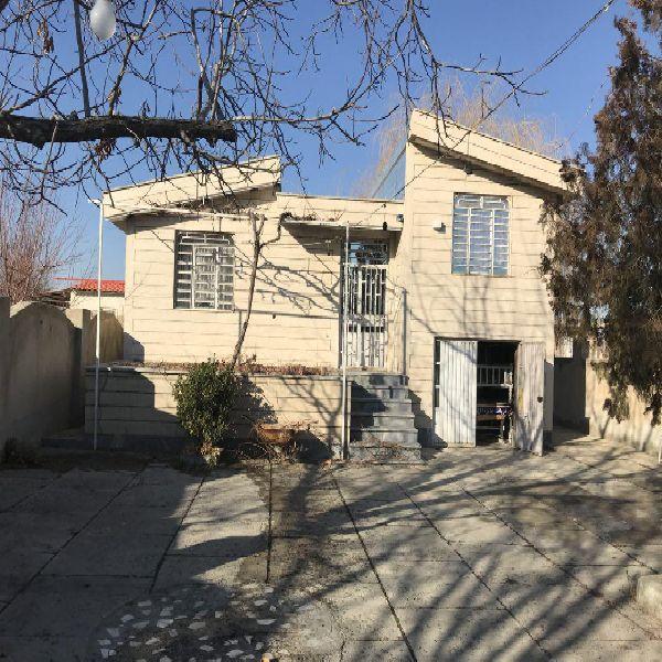 فروش باغ ویلا 1050متر برجاده امامزاده ارومیه