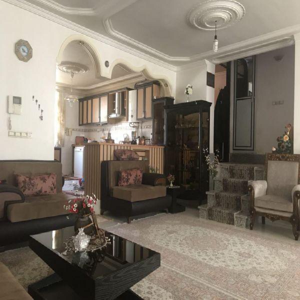 فروش منزل مسکونی3 طبقه 240مترشهرک ایثار ارومیه