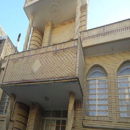 فروش منزل 200 متر خیابان بهداری ارومیه