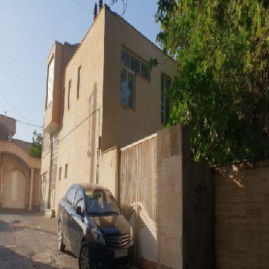 فروش منزل مسکونی 485متر تقاطع  برق – دانشکده ارومیه