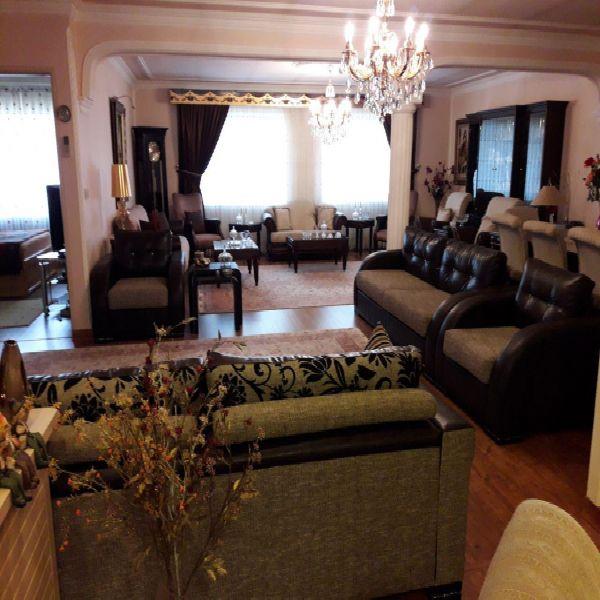 فروش منزل مسکونی 2طبقه275 متر خیابان البرز ارومیه