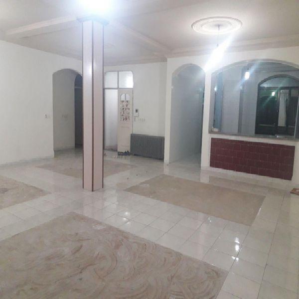 اجاره منزل مسکونی 180 متری در خ مولوی یک ارومیه