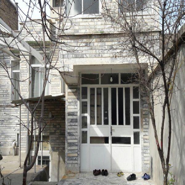 فروش منزل مسکونی 258 مترخیابان مولوی ارومیه