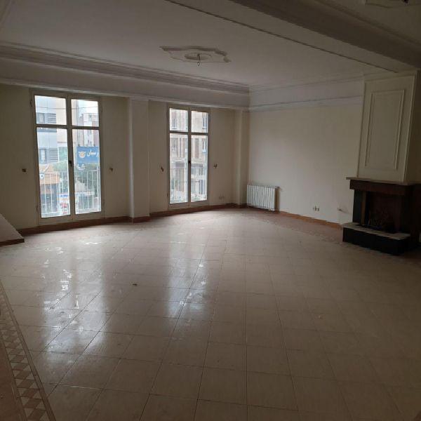 فروش آپارتمان 184 متری در بهترین نقطه سعادت آباد تهران