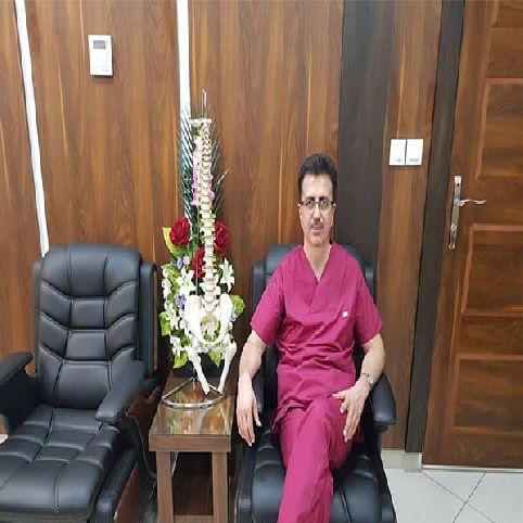 دکتر جعفر احمدزاده دارای بورد تخصصی طب فیزیکی و توانبخشی در ارومیه