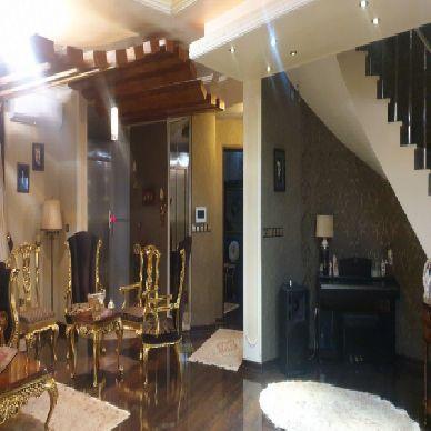 فروش منزل 3 طبقه در خیابان دانشکده ارومیه